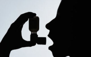 Как оказать неотложную помощь при приступе бронхиальной астмы?
