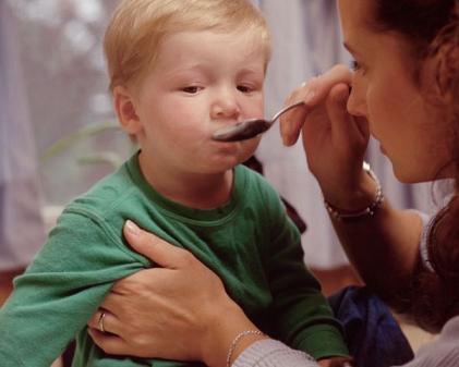Рвота от кашля у ребенка и взрослого: как избавиться?