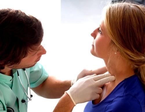 Лимфоузлы при ангине: увеличение, воспаление