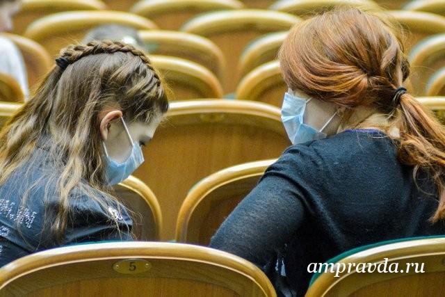 Как носить стерильную маску правильно?