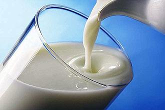 Можно ли пить молоко при ангине (теплое, горячее, с медом)?