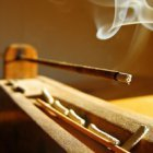 Вред ароматных палочек для здоровья: особенности