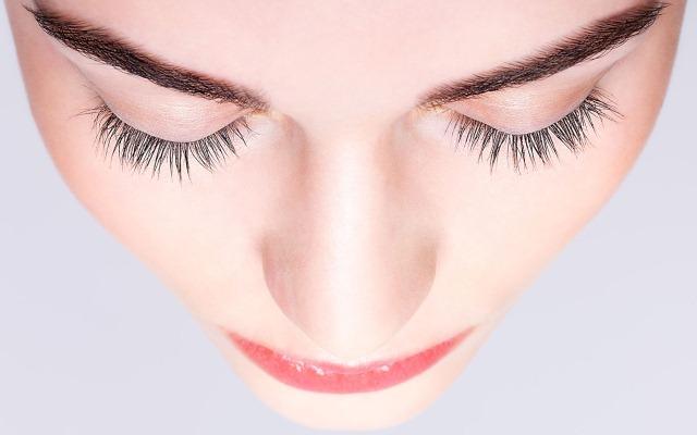 Отек носа после ринопластики: сколько держится, как убрать