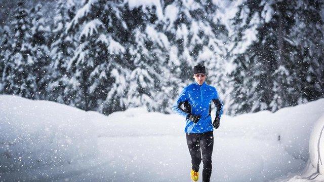 Как правильно дышать зимой во время бега, чтобы не заболеть?
