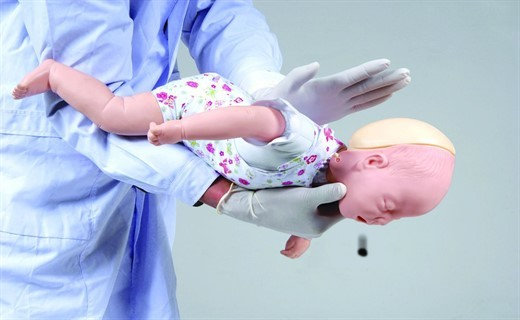 Инородное тело в дыхательных путях: симптомы, первая помощь