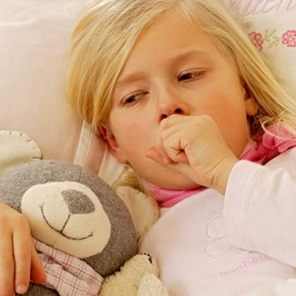 Сильный кашель у ребенка: причины возникновения, способы лечения
