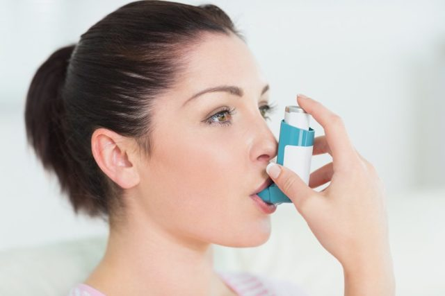 Как применять эфирное масло при бронхиальной астме?