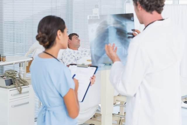 Пневмоцистная пневмония: причины, симптомы, диагностика, лечение