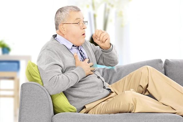 Плеврит легких у пожилых людей: симптомы и лечение