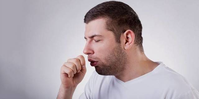 Может ли быть воспаление легких без температуры и кашля, особенности лечения