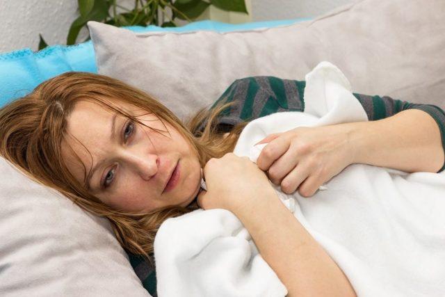 Боковой фарингит у взрослых и детей: симптомы, лечение, фото