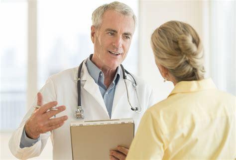 Сильный кашель с кровью: причины и как лечить
