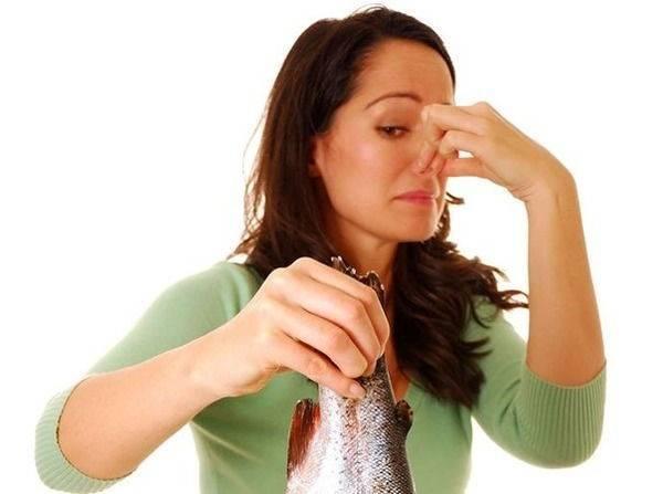 Запах после месячных: основные причины, особенности