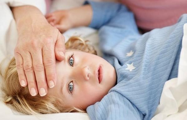 Правосторонняя пневмония у детей: признаки, диагностика, лечение