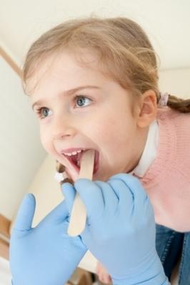 Храп при ангине у ребенка: что делать, особенности