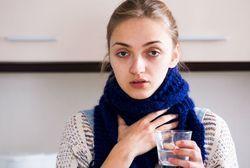 Календула для горла: как разводить и заваривать для полоскания