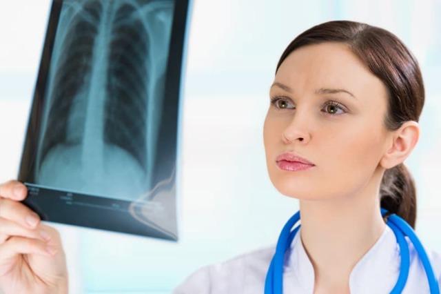 Тотальная пневмония у детей и взрослых: симптомы, лечение, прогноз