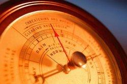Эксперт рассказал кому опасно понижение атмосферного давления